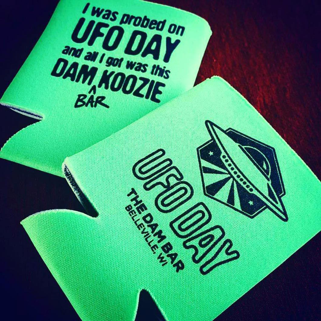 Dam-Bar-Koozie-Action